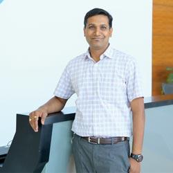 Viswanadh Akella,Founder & CEO
