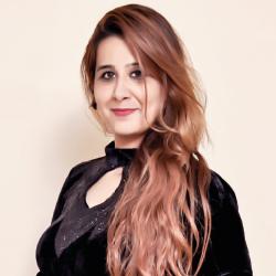 Shaina Panjwani ,Director