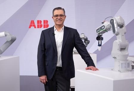 ABB Launches Next-Gen Cobots GoFa & SWIFTI