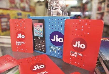 Vodafone Idea's Risks Increase as Jio's Subscriber Additions Grow