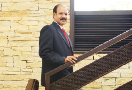 Dr. Sivakumaran Janakiraman, COO, KMCH